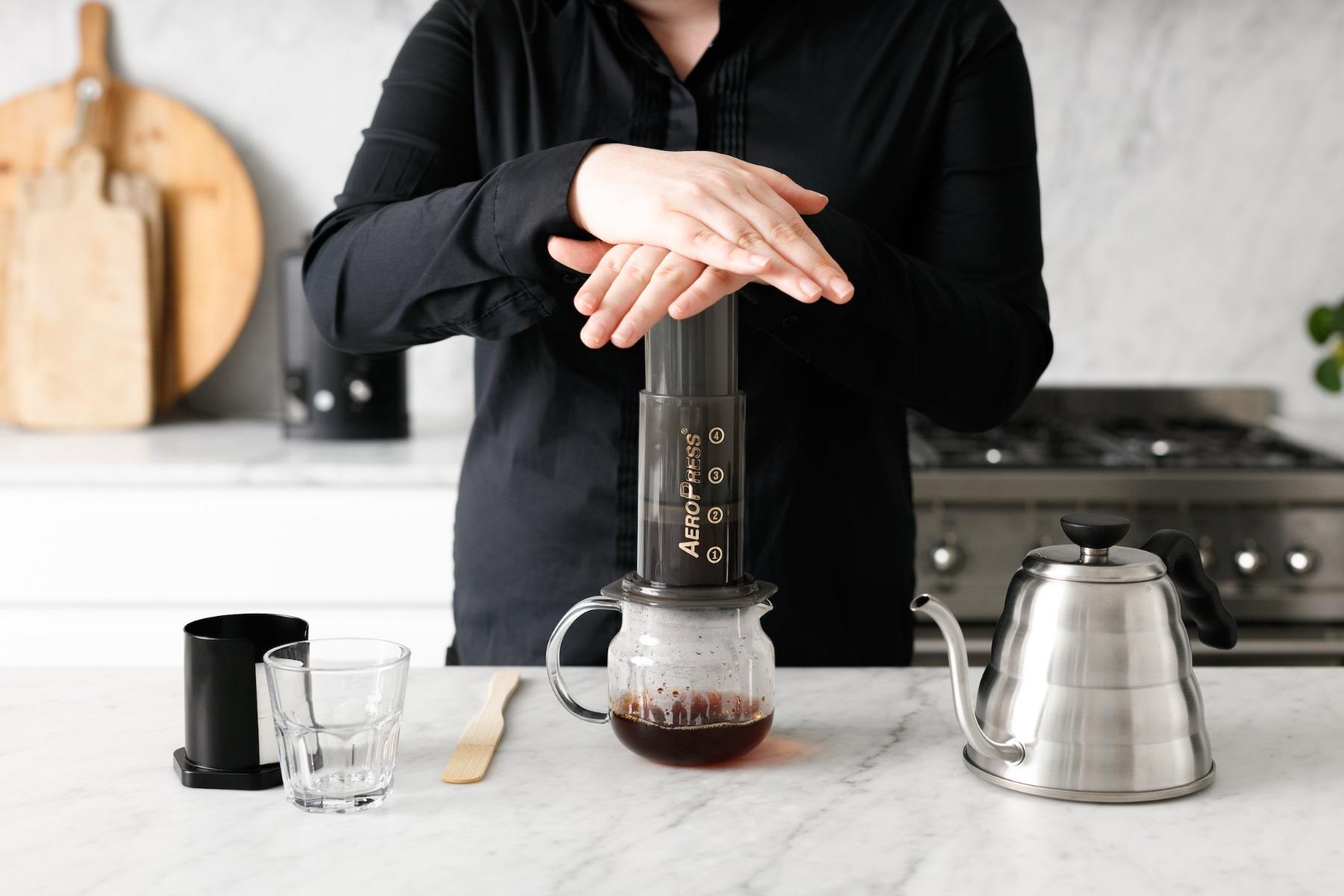 Ручная кофеварка AeroPress-4