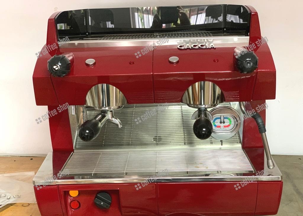 Профессиональная кофемашина Gaggia GE Compact б/у