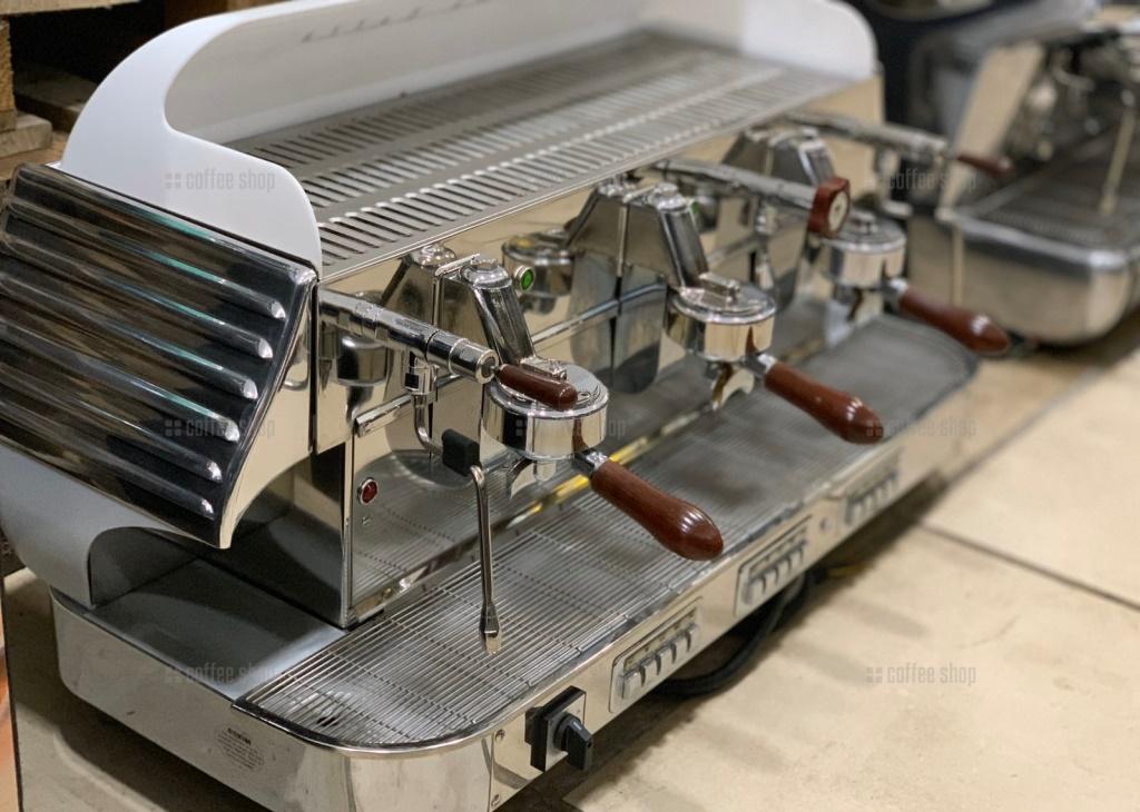16468 | Кофемашина профессиональная Elektra Barlume Z1C 3GR New б/у | Coffee Shop