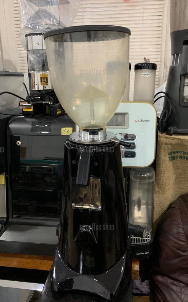 1876   Кофемолка под пакет Fiorenzato F6 D б/у   Coffee Shop