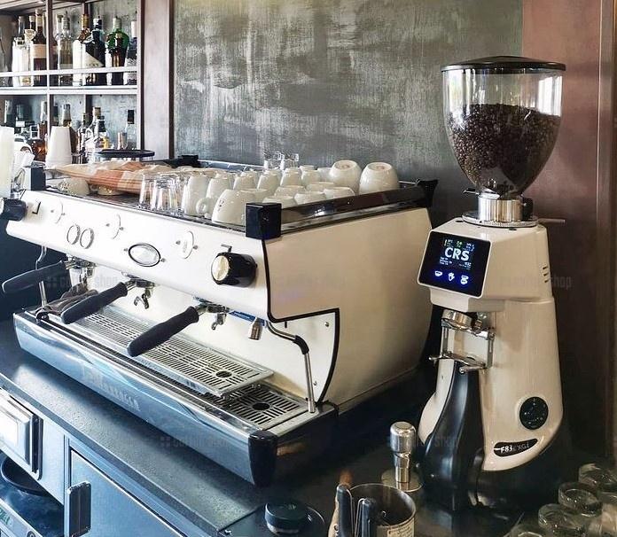 13989   Кофемолка Fiorenzato F83 E XGI   Coffee Shop