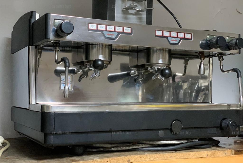 1615 | Кофемашина профессиональная Faema E98 President Auto 2GR б/у | Coffee Shop