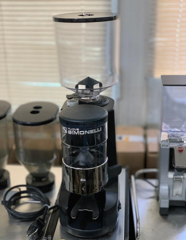 1809 | Кофемолка Nuova Simonelli MDX AMX 60-2 б/у | Coffee Shop