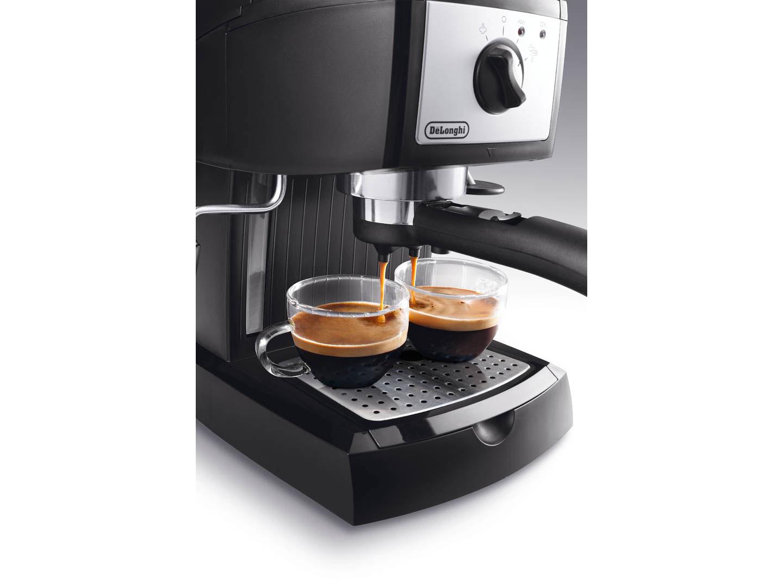 D0132104079   Кофеварка DeLonghi EC 156. В   Coffee Shop