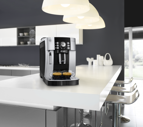 8004399326156 | Кофемашина автоматическая DeLonghi Magnifica S ECAM 21.117.SB | Coffee Shop